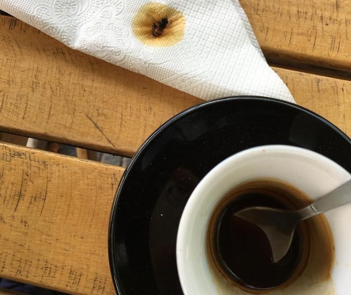 abeja cafe